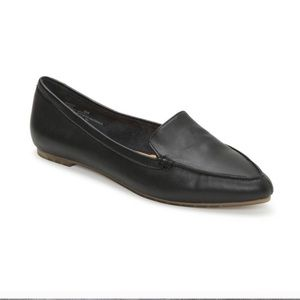 Me Too Pointed Loafers